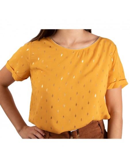 Top femme jaune moutarde manches courtes motif feuilles dorées métallisées