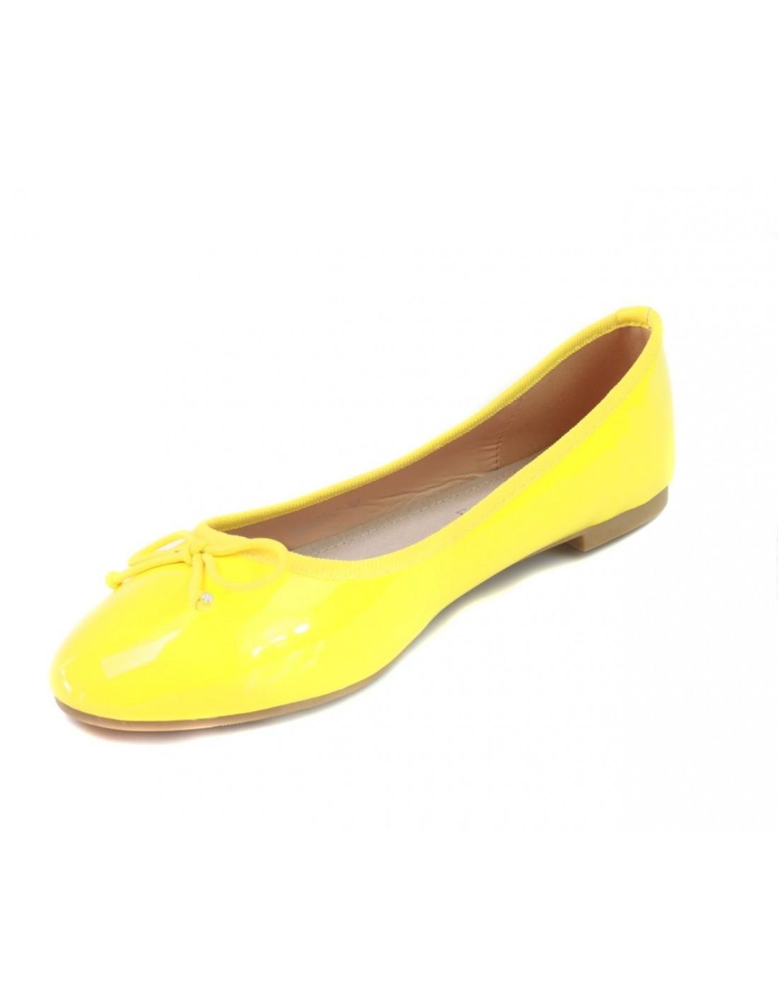 ballerines femme vernis jaunes pas cher avec semelle en cuir. Black Bedroom Furniture Sets. Home Design Ideas