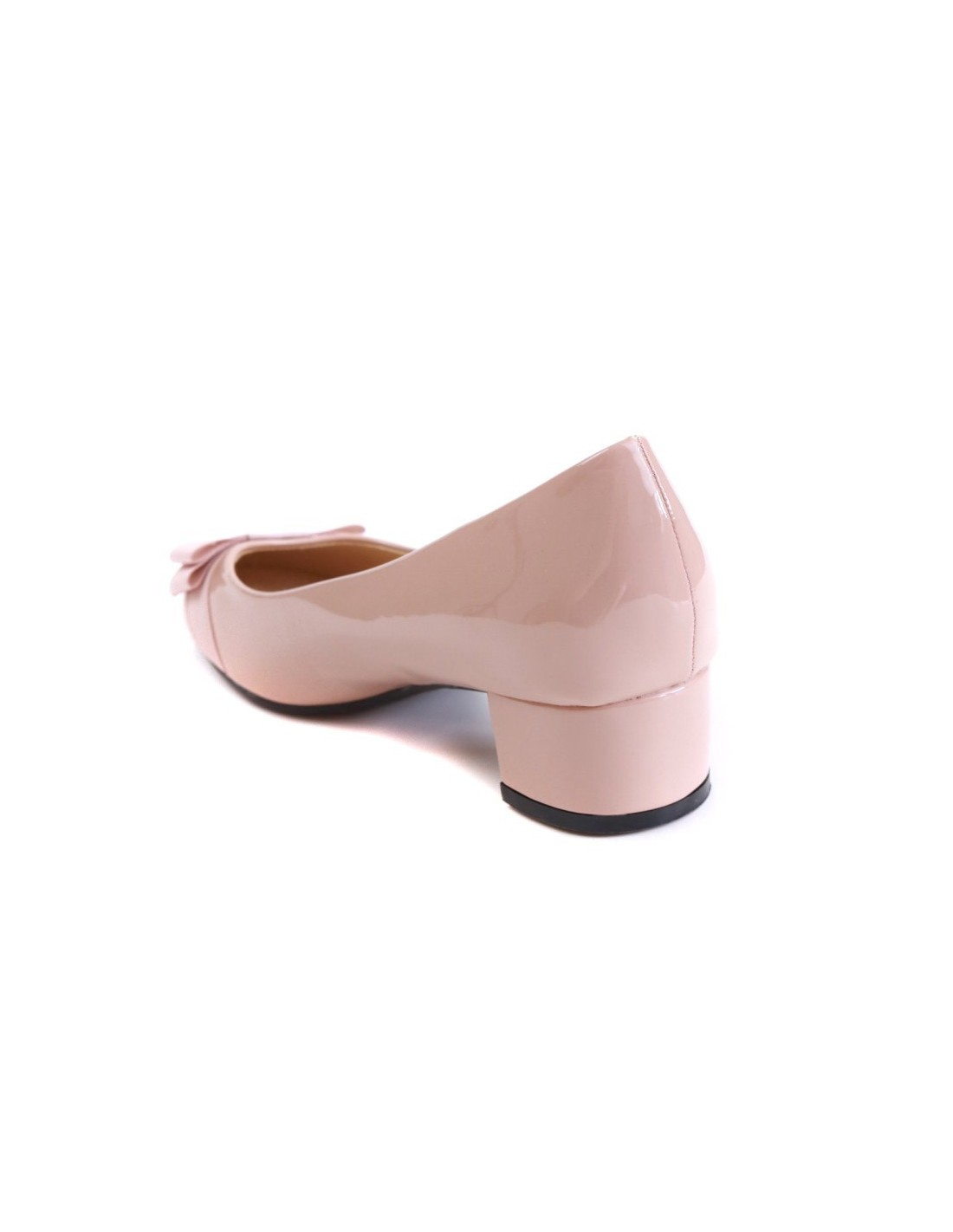 Ballerines a talon carre de couleur nude rose pale elegantes