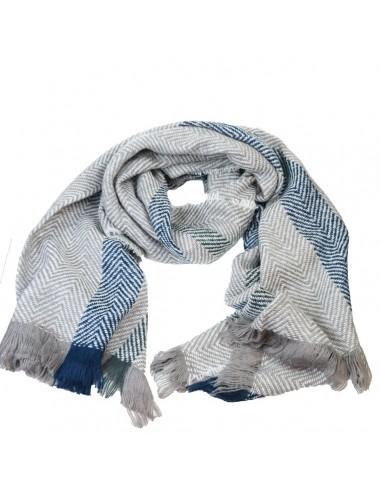 d323da60743f Echarpe femme longue en laine tons gris, bleu et blanc motif rayure triangle