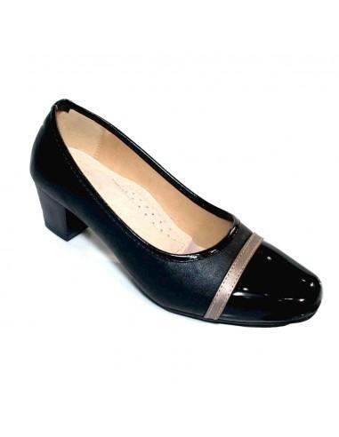 Escarpins noir à bout verni avec petit talon bas & bout carré arrondi