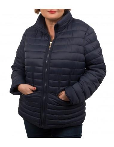 Doudoune Grande Taille femme cintrée avec capuche effet matelassé coupe courte