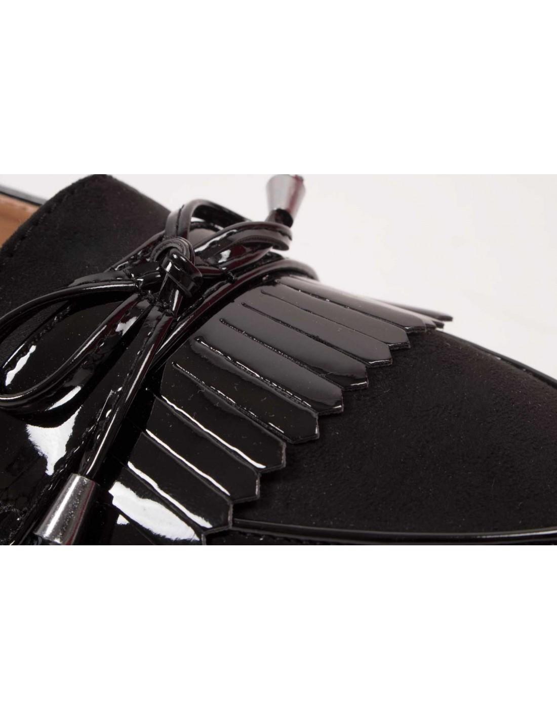 mocassins femme vernis noir franges bouts pointus. Black Bedroom Furniture Sets. Home Design Ideas